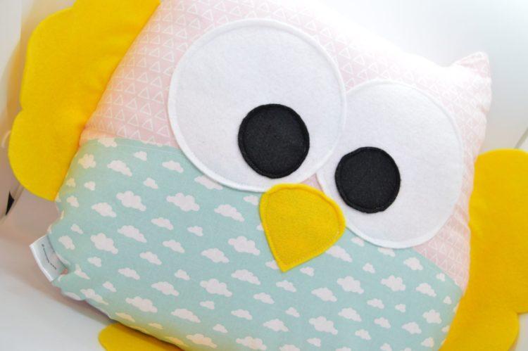 Διακοσμητικό μαξιλάρι κουκουβάγια στα συννεφα