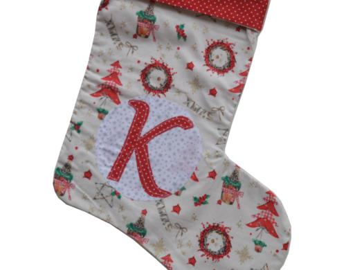 χριστουγεννιάτικη κάλτσα με μονόγραμμα δεντράκια