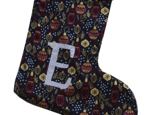 χριστουγεννιάτικη κάλτσα με μονόγραμμα μπλε με χρυσές μπάλες