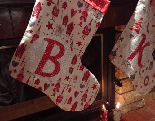χριστουγεννιάτικες κάλτσες με μονόγραμμα 2